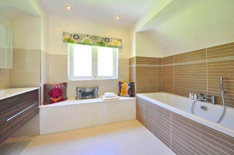 instalación de azulejos en cuarto de baño en alicante